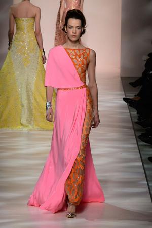 Показ Georges Chakra коллекции сезона Весна-лето 2015 года Haute couture - www.elle.ru - Подиум - фото 593386