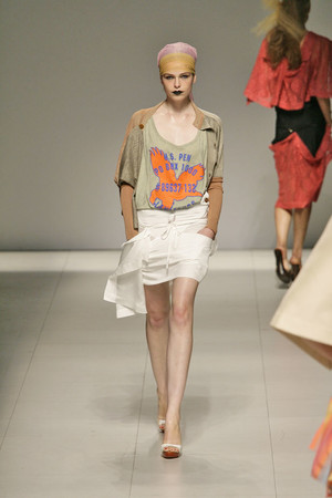 Показ Vivienne Westwood коллекции сезона Весна-лето 2009 года prêt-à-porter - www.elle.ru - Подиум - фото 85896