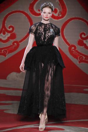 Показ Ulyana Sergeenko коллекции сезона Осень-зима 2012-2013 года haute couture - www.elle.ru - Подиум - фото 404222