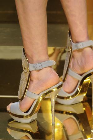Показ Versace Haute Couture коллекции сезона Весна-лето 2012 года Haute couture - www.elle.ru - Подиум - фото 330310