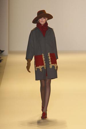 Показ Carolina Herrera коллекции сезона Осень-зима 2010-2011 года Prêt-à-porter - www.elle.ru - Подиум - фото 144749