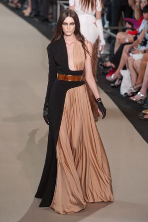 Показ Stephane Rolland коллекции сезона Осень-зима 2012-2013 года Haute couture - www.elle.ru - Подиум - фото 404092