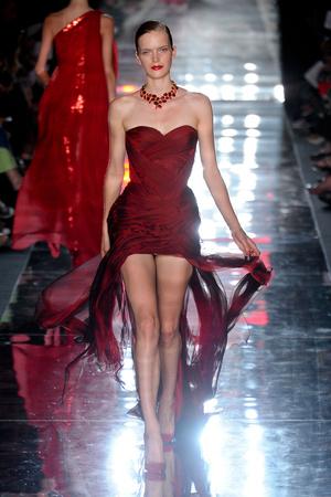Показ Alexander Vauthier коллекции сезона Осень-зима 2011-2012 года haute couture - www.elle.ru - Подиум - фото 278101