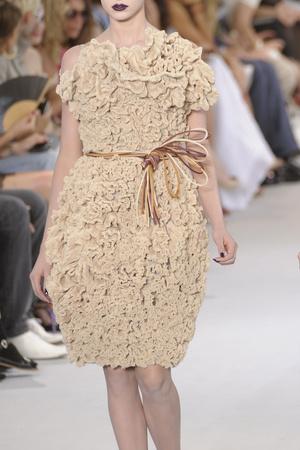 Показ Christian Dior коллекции сезона Осень-зима 2010-2011 года haute couture - www.elle.ru - Подиум - фото 167383