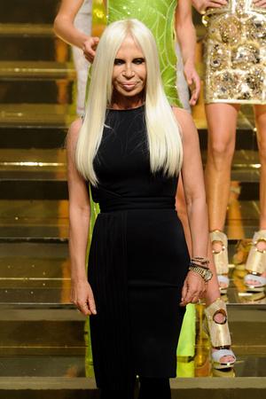Показ Versace Haute Couture коллекции сезона Весна-лето 2012 года Haute couture - www.elle.ru - Подиум - фото 330084