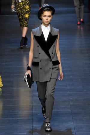 Показ Dolce & Gabbana коллекции сезона Осень-зима 2011-2012 года prêt-à-porter - www.elle.ru - Подиум - фото 246929