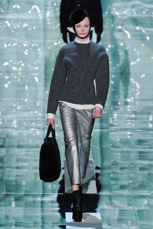 Показ Marc Jacobs коллекции сезона Осень-зима 2011-2012 года Prêt-à-porter - www.elle.ru - Подиум - фото 229221