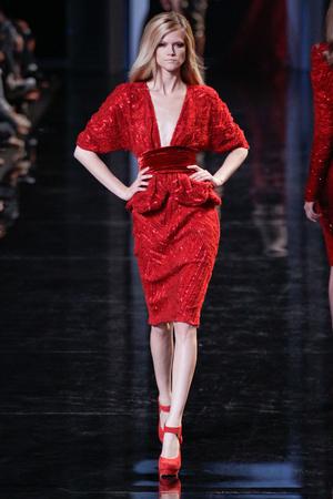 Показ Elie Saab коллекции сезона Осень-зима 2010-2011 года haute couture - www.elle.ru - Подиум - фото 168172