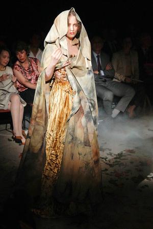Показ Franc Sorbier коллекции сезона Осень-зима 2010-2011 года Haute couture - www.elle.ru - Подиум - фото 168075