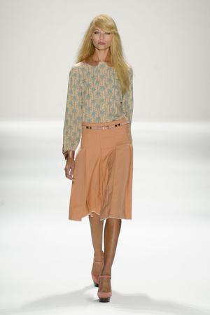 Показ Jill Stuart коллекции сезона Весна-лето 2012 года Prêt-à-porter - www.elle.ru - Подиум - фото 293095