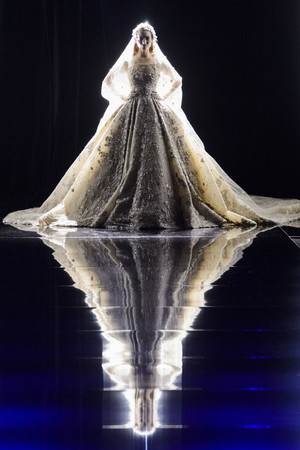Показ Zuhair Murad коллекции сезона Весна-лето 2015 года Haute couture - www.elle.ru - Подиум - фото 593254