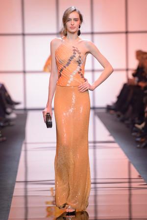 Показ Giorgio Armani Privé коллекции сезона Весна  2017 года Haute couture - www.elle.ru - Подиум - фото 616468