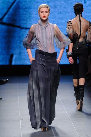 Показ Julien Fournie коллекции сезона Осень-зима 2011-2012 года Haute couture - www.elle.ru - Подиум - фото 278573