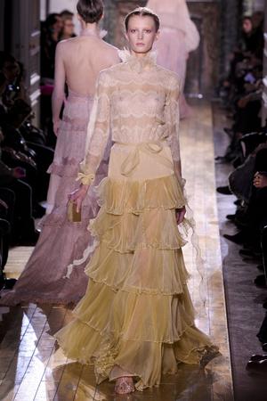 Показ Valentino коллекции сезона Весна-лето 2011 года Haute couture - www.elle.ru - Подиум - фото 217297