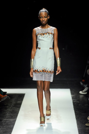 Показ Maxime Simoens коллекции сезона Весна-лето 2012 года Haute couture - www.elle.ru - Подиум - фото 333626