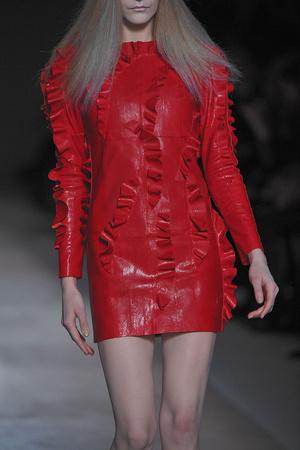 Показ Valentino коллекции сезона Весна-лето 2010 года Haute couture - www.elle.ru - Подиум - фото 139254