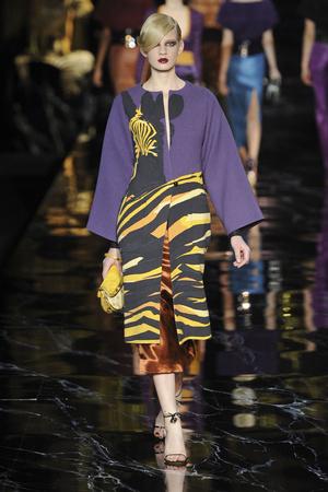 Показ Louis Vuitton коллекции сезона Весна-лето 2011 года prêt-à-porter - www.elle.ru - Подиум - фото 191049