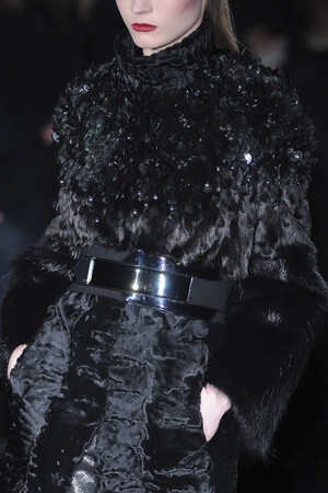Показ Gucci коллекции сезона Осень-зима 2009-2010 года Prêt-à-porter - www.elle.ru - Подиум - фото 95728