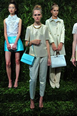 Показ Kate Spade коллекции сезона Весна-лето 2014 года prêt-à-porter - www.elle.ru - Подиум - фото 558673