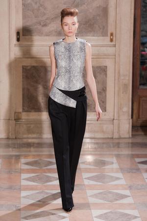 Показ Bouchra Jarrar коллекции сезона Весна-лето 2014 года haute couture - www.elle.ru - Подиум - фото 574682