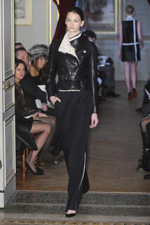 Показ Bouchra Jarrar коллекции сезона Весна-лето 2011 года Haute couture - www.elle.ru - Подиум - фото 214874