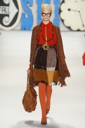 Показ Anna Sui коллекции сезона Осень-зима 2012-2013 года Prêt-à-porter - www.elle.ru - Подиум - фото 348541