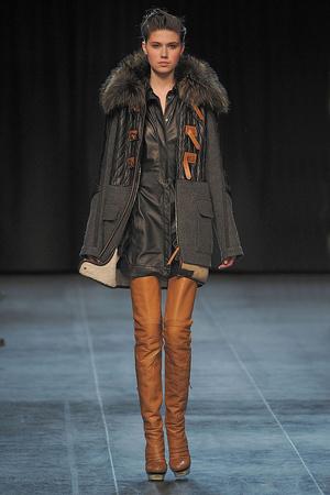 Показ Barbara Bui коллекции сезона Осень-зима 2010-2011 года prêt-à-porter - www.elle.ru - Подиум - фото 154390