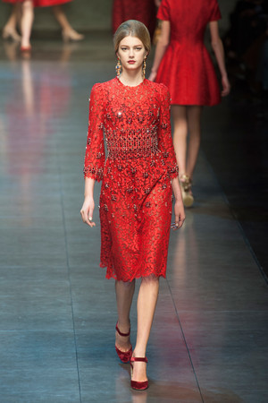 Показ Dolce & Gabbana коллекции сезона Осень-зима 2013-2014 года Prêt-à-porter - www.elle.ru - Подиум - фото 524887