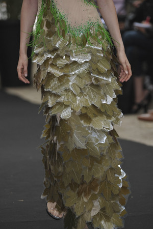 Показ On Aura Tout Vu коллекции сезона Осень-зима 2009-2010 года haute couture - www.elle.ru - Подиум - фото 88281