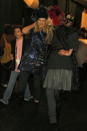 Показ Diane Von Furstenberg коллекции сезона Осень-зима 2009-2010 года prêt-à-porter - www.elle.ru - Подиум - фото 89801