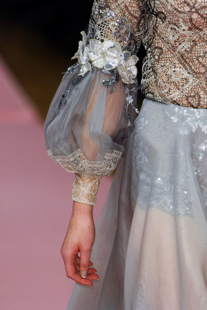 Показ Alexis Mabille коллекции сезона Весна-лето 2013 года Haute couture - www.elle.ru - Подиум - фото 478369