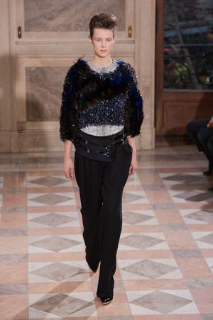 Показ Bouchra Jarrar коллекции сезона Весна-лето 2014 года haute couture - www.elle.ru - Подиум - фото 574676
