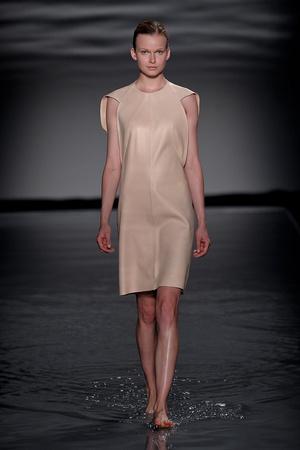Показ Maison Rabih коллекции сезона Осень-зима 2011-2012 года Haute couture - www.elle.ru - Подиум - фото 277857
