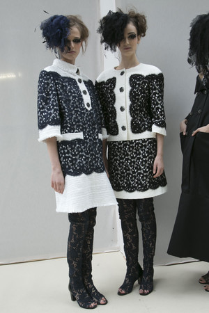 Показ  коллекции сезона Весна-лето 2013 года haute couture - www.elle.ru - Подиум - фото 479828