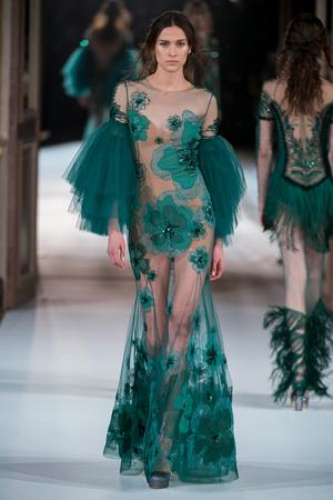 Показ Yanina Couture коллекции сезона Весна-лето  2017 года Haute couture - www.elle.ru - Подиум - фото 616422