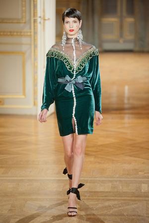 Показ Alexis Mabille коллекции сезона Осень-зима 2012-2013 года haute couture - www.elle.ru - Подиум - фото 403460