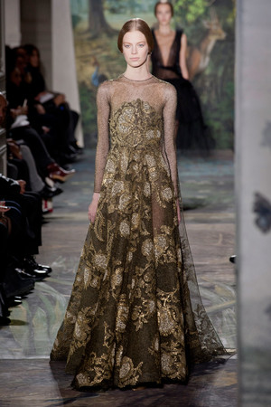 Показ Valentino коллекции сезона Весна-лето 2014 года Haute couture - www.elle.ru - Подиум - фото 575253