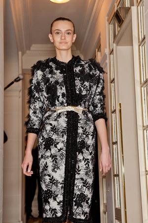 Показ Giambattista Valli коллекции сезона Весна-лето 2012 года Haute couture - www.elle.ru - Подиум - фото 330951