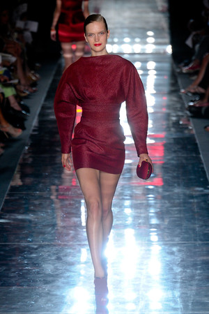 Показ Alexander Vauthier коллекции сезона Осень-зима 2011-2012 года haute couture - www.elle.ru - Подиум - фото 278104