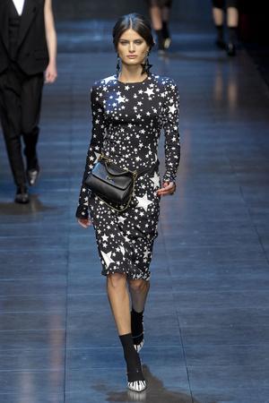 Показ Dolce & Gabbana коллекции сезона Осень-зима 2011-2012 года prêt-à-porter - www.elle.ru - Подиум - фото 246937