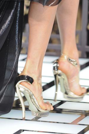 Показ Atelier Versace коллекции сезона Весна-лето 2013 года haute couture - www.elle.ru - Подиум - фото 477417