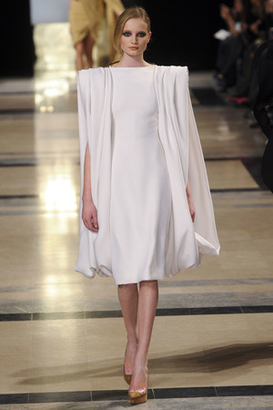Показ Stephane Rolland коллекции сезона Весна-лето 2011 года Haute couture - www.elle.ru - Подиум - фото 215991