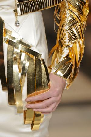 Показ Stephane Rolland коллекции сезона Весна-лето 2011 года Haute couture - www.elle.ru - Подиум - фото 216552