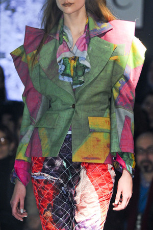 Показ Vivienne Westwood коллекции сезона Осень-зима 2012-2013 года Prêt-à-porter - www.elle.ru - Подиум - фото 380329