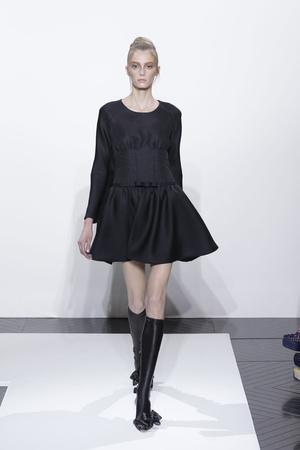 Показ Valentino коллекции сезона Осень-зима 2010-2011 года haute couture - www.elle.ru - Подиум - фото 168359