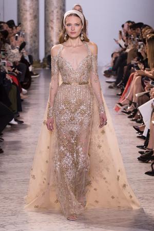 Показ Elie Saab коллекции сезона Весна-лето  2017 года haute couture - www.elle.ru - Подиум - фото 616588