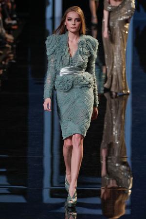 Показ Elie Saab коллекции сезона Осень-зима 2010-2011 года Haute couture - www.elle.ru - Подиум - фото 168169