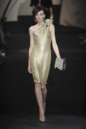 Показ Giorgio Armani Privé коллекции сезона Осень-зима 2009-2010 года haute couture - www.elle.ru - Подиум - фото 87702