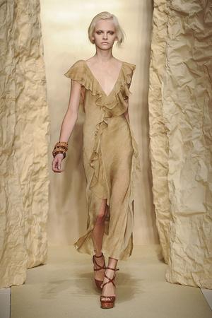 Показ Donna Karan коллекции сезона Весна-лето 2011 года Prêt-à-porter - www.elle.ru - Подиум - фото 175903