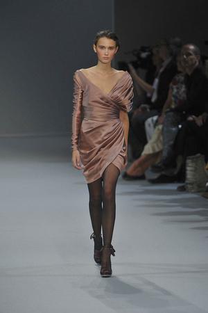 Показ Christophe Josse коллекции сезона Осень-зима 2009-2010 года Haute couture - www.elle.ru - Подиум - фото 87374